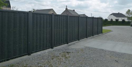 palissade-panneaux-tresses-aluminium