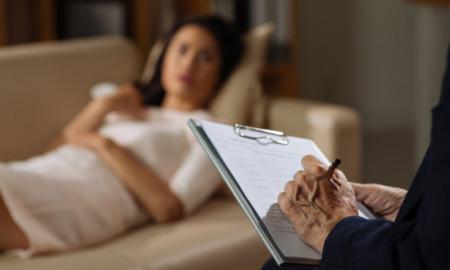Psychiatre, psychologue, psychothérapeute, psychanalyste : quelles différences?