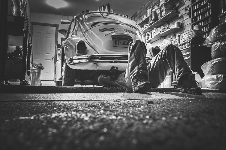 Réparer son automobile : faut-il faire appel à un professionnel ?
