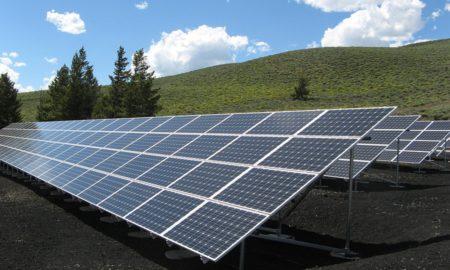 Le nettoyage des panneaux photovoltaïques: utile?