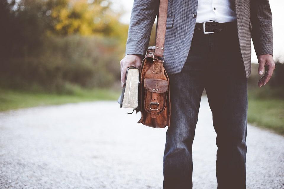Accessoirisation : comment choisir son sac homme ?
