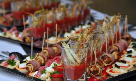 Organiser un buffet: les avantages et inconvénients
