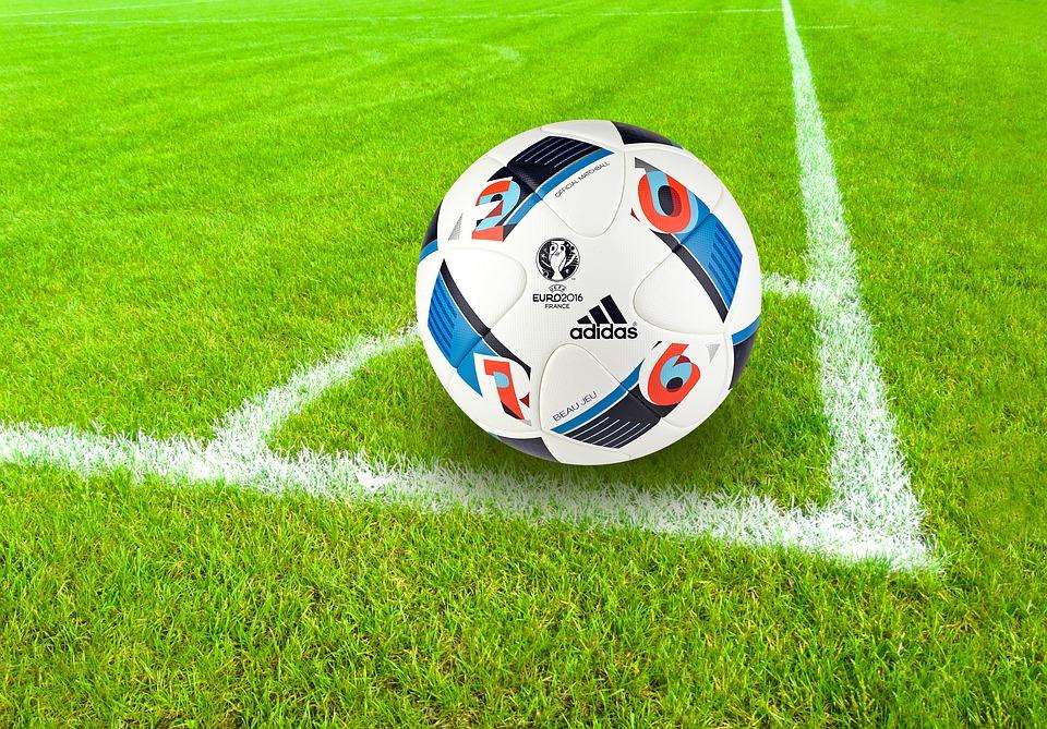 Le football en illimité sur l'application iTunes ClicnScores