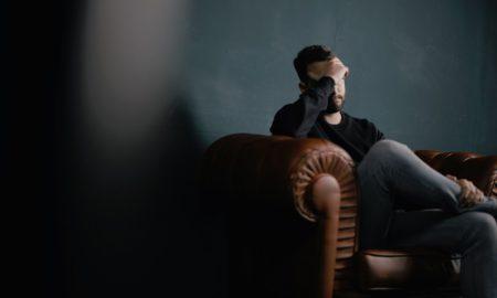 Maux de tête: causes, symptômes et remèdes